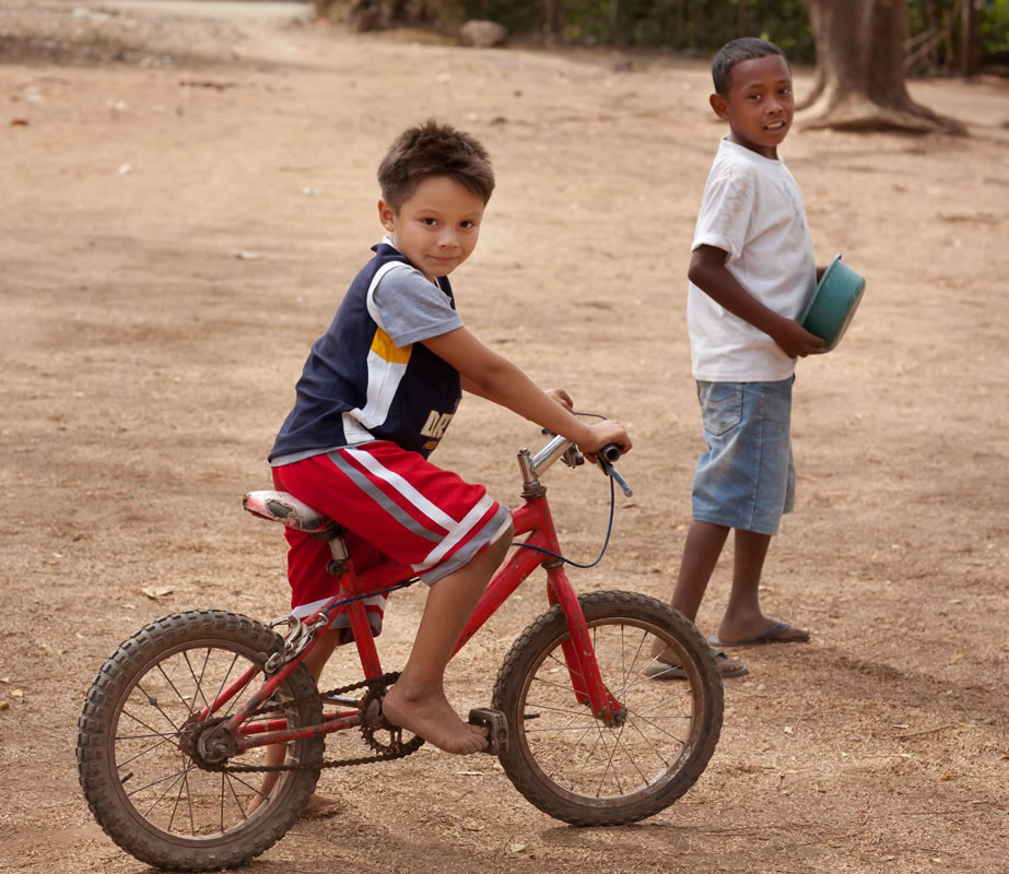 A boy and his bike in Nicaragua - Ginger Wagoner, Photographer, Photosynthesis